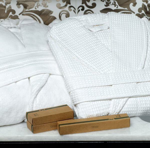 Luxury Bathrobes - Wholesale hotel linen